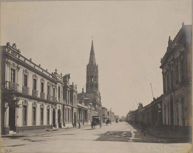 Calle Ejercito Libertador