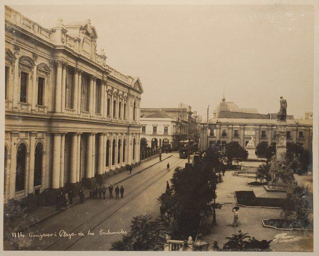Congreso y Plaza de los Tribunales