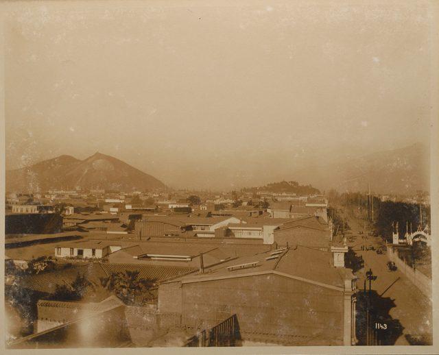 Vista de Santiago hacia el oriente