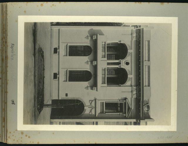 Fachada, calle República 237
