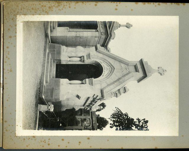 Mausoleo Valdés Andersen