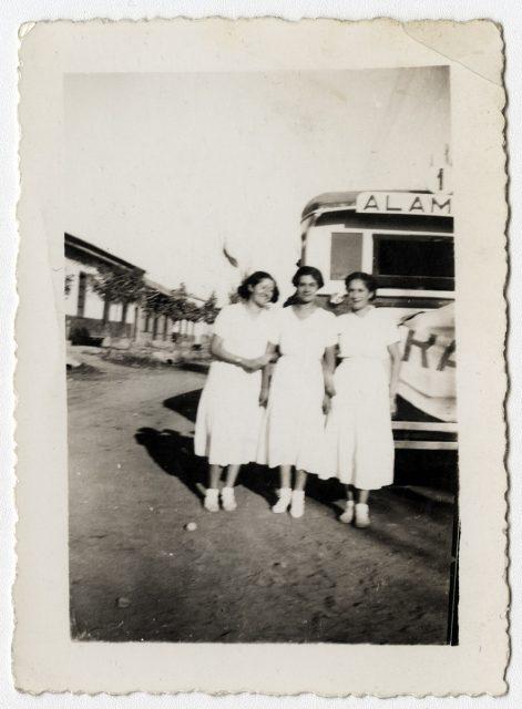 Mujeres en una calle