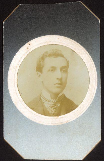 Retrato de Ev. Courbis