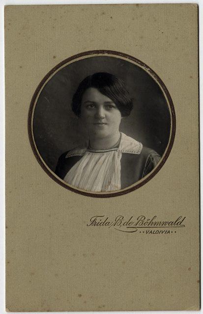 Retrato de Frida Hackmann.