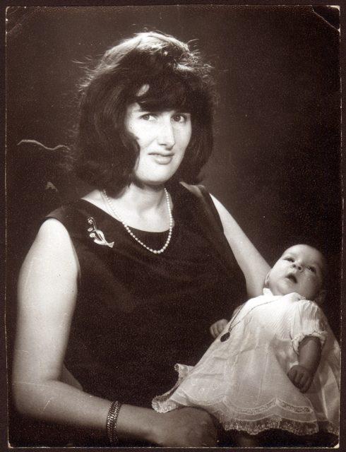 Retrato de una mujer y su niño