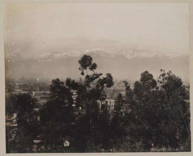 Vista de Santiago hacia Cordillera