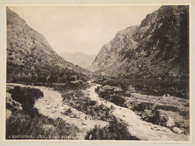 Confluencia de los ríos Blanco y Aconcagua