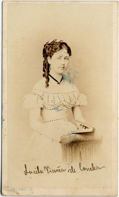 Retrato de Lucila Vicuña de Concha