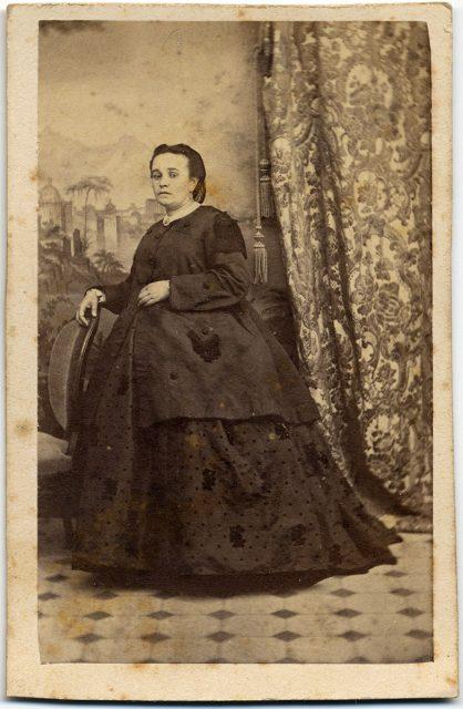 Retrato de una mujer embarazada.