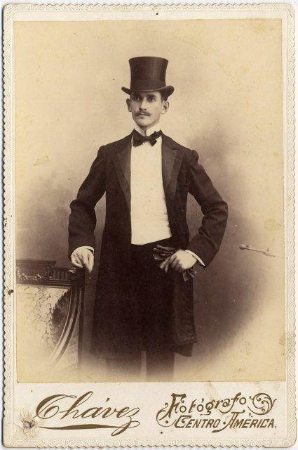 Retrato de S.M. Gill