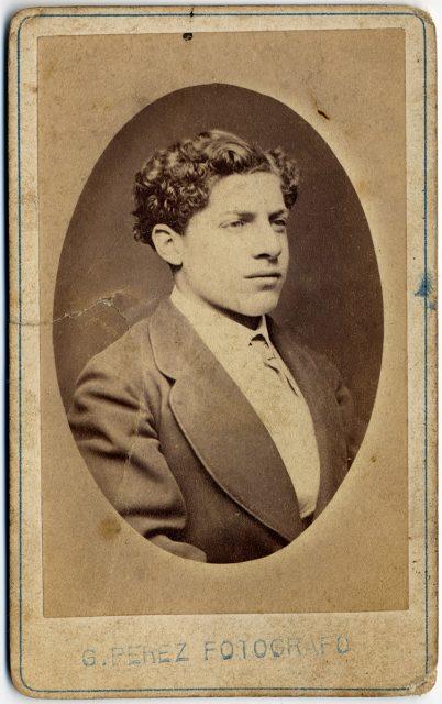Retrato de Víctor Covarrubias