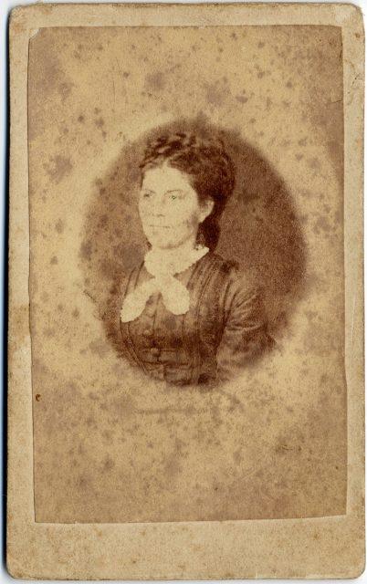 Retrato de Ana María Rivas de Olea.