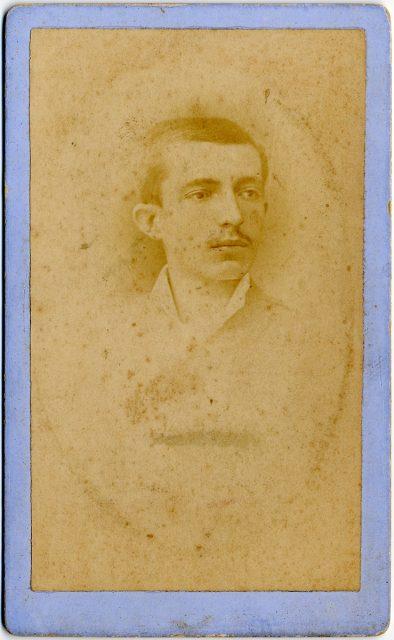 Retrato de José M. Latorre