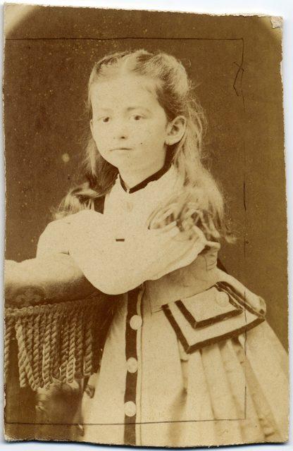 Retrato de Lucia Vergara y Búlnes