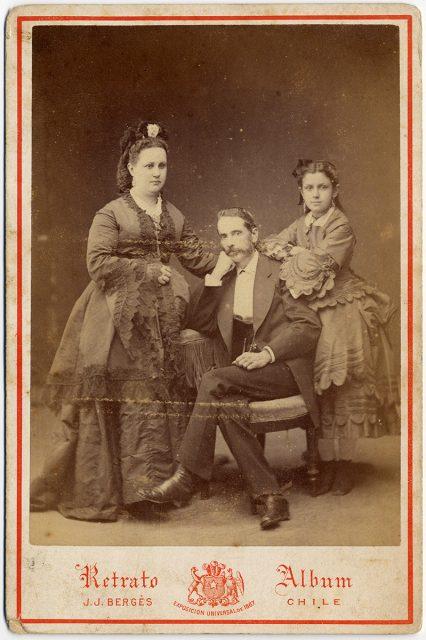 Retrato de Rodrigo Eleuterio Ramírez Montt, Jacinta Fernández-Concha Prieto y Adelina Ramírez Fernández-Concha.