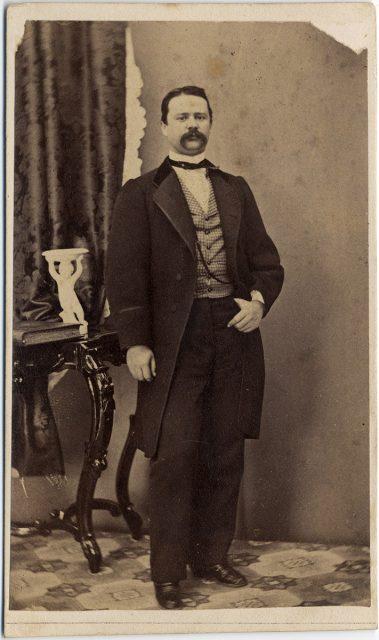 Retrato de Miguel Elizalde Mardonez