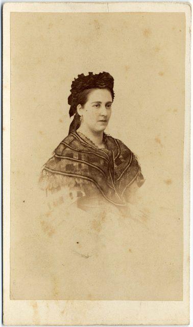 Retrato de Concepción Reyes.