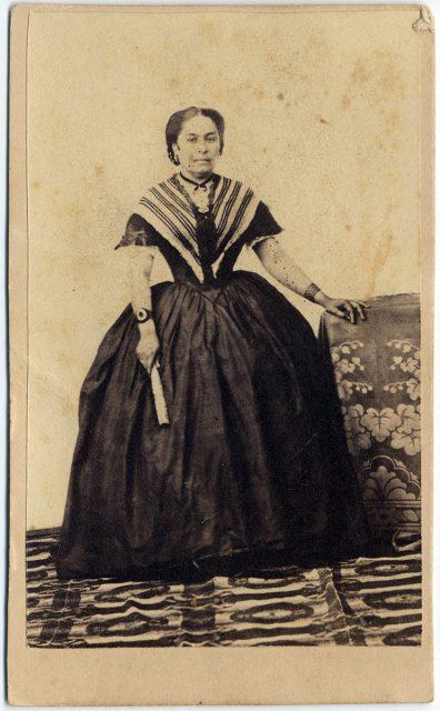 Retrato de Irene Varas