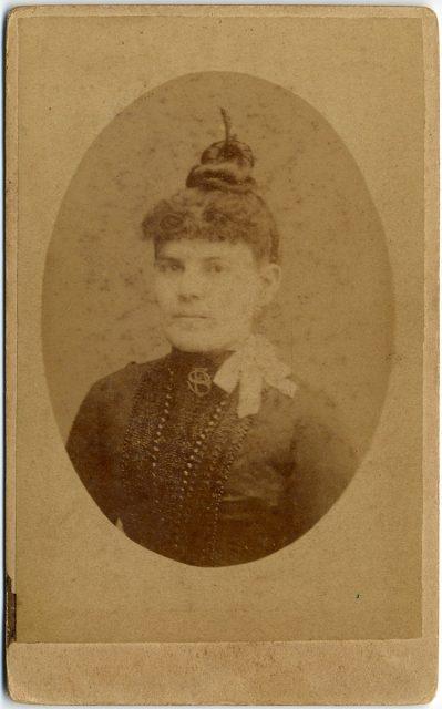 Retrato de Dolores Olivares.