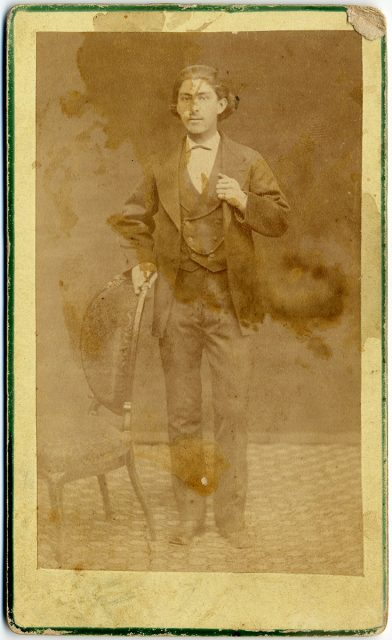Retrato de S. Martínez.