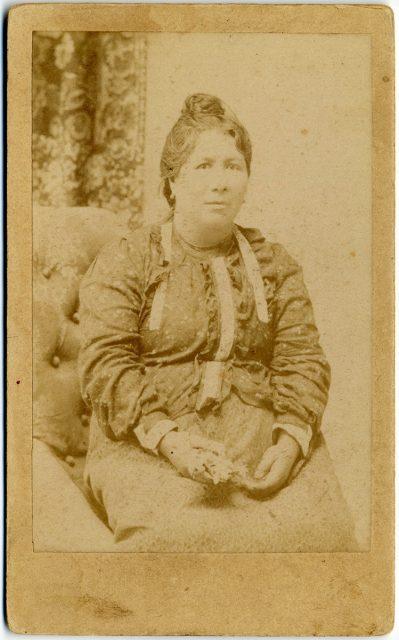Retrato de Nemesia S. de Alvarado