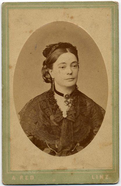 Retrato de Amalia Aspee.