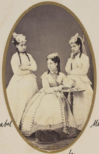 Retrato de Isabel, Mercedes y Bernarda Bravo Vizcaya