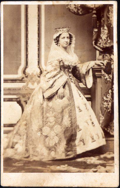 Retrato de Mercedes Prieto de Sessé