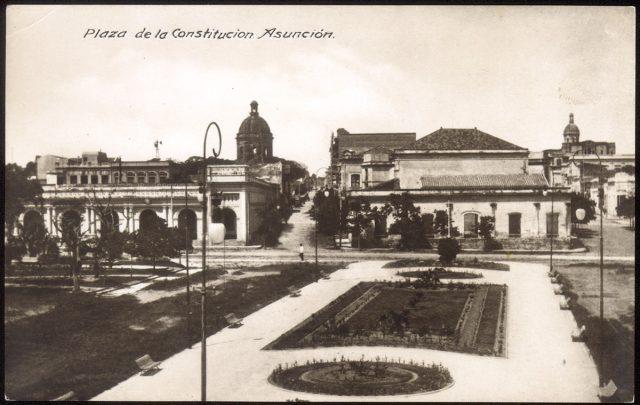 Plaza de la Constitución, Asunción, Paraguay.