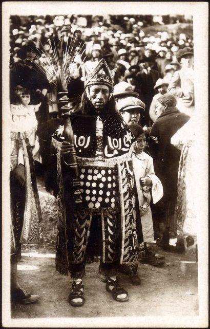 Un danzante indio de Oruro