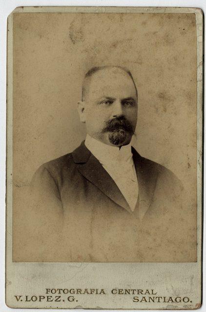 Retrato de Enrique Rojas C.