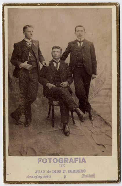 Retrato de tres hombres