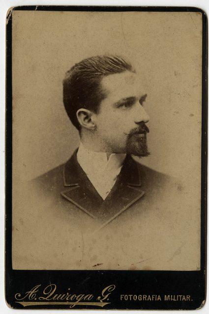 Retrato de Ángel  C. Magallanes
