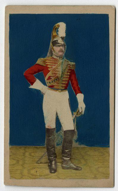 Retrato coloreado de un militar