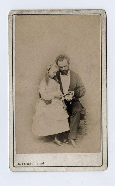 Retrato de un padre con su hija
