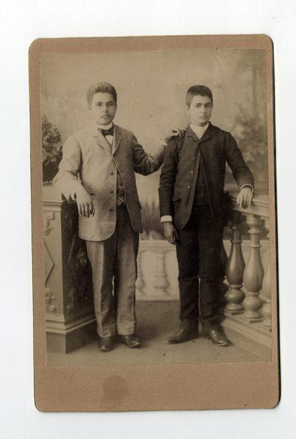 Retrato de dos hermanos