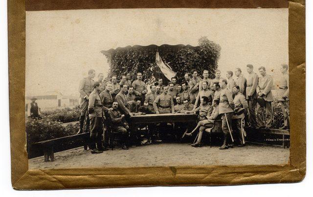 Militares del Regimiento N° 8