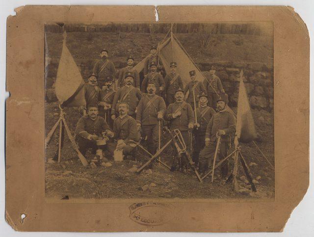 Grupo de militares del 3er escuadrón del regimiento N°7 de Caballería