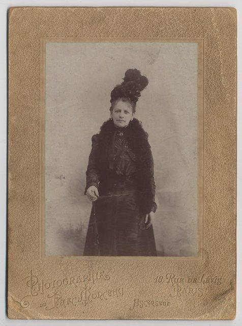Retrato de Carmen Iñiguez Vicuña