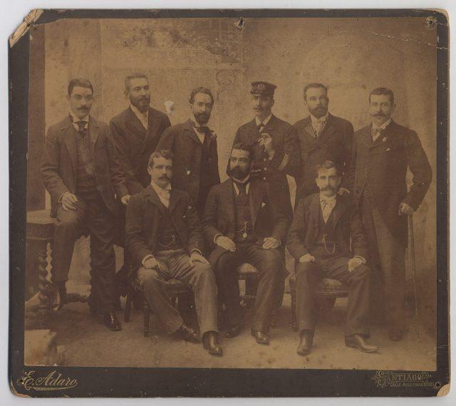 Grupo de hombres