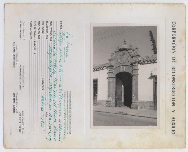 Antigua portada de la casa de los Marqueses de Villaseñor