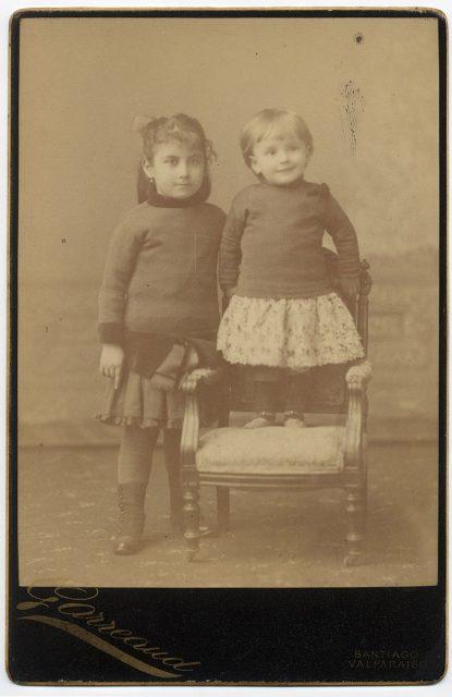Retrato de dos niñas