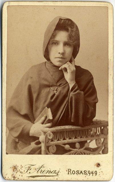 Retrato de Leonila Salas T.