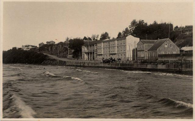 Lago Llanquihue y Motel Bellavista.