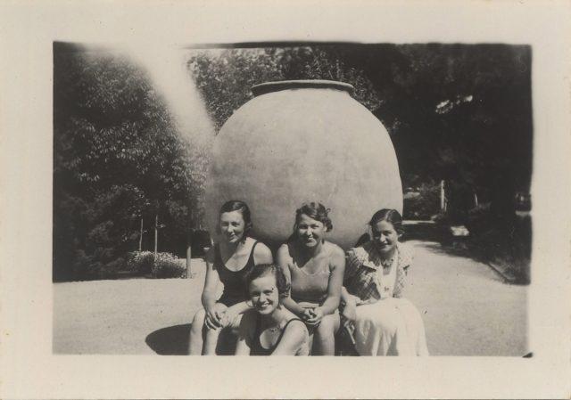 Retrato a un grupo de mujeres