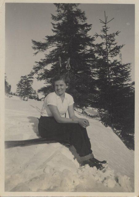 Mujer en la nieve, Lo Valdés