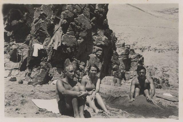 Grupo de personas en Playa Chica
