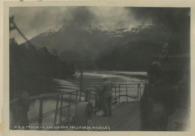 Paso de la Angostura Inglesa. Sur de Chile.