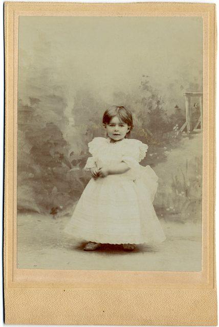 Retrato de Ingrid Julia Krag