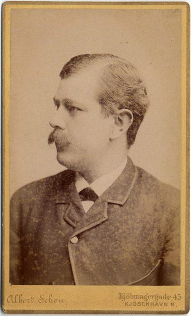 Retrato de Julins Rasmnssen